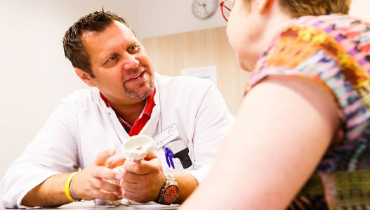 Chefarzt Dr. Bücheler -  Rehaklinik am Berger See